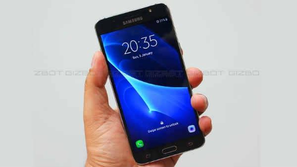 Samsung J सीरिज के 5 स्मार्टफोन हुए सस्ते, जानें नई कीमत