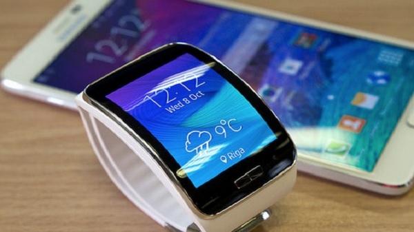 Samsung कंपनी अगस्त में स्मार्टफोन के साथ स्मार्टवॉच भी करेगी लॉन्च