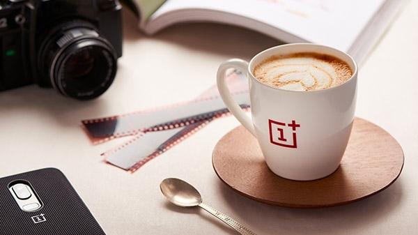 अब वनप्लस सर्विस सेंटर में ले सकेंगे कॉफी का मज़ा