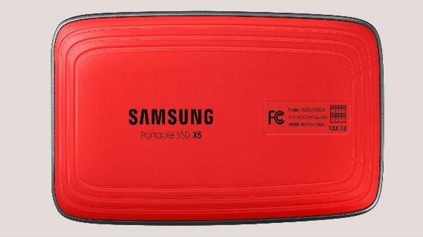 Samsung का नया अल्ट्रा-फास्ट X5 पोर्टेबल SSD डिवाइस, 12 सेकेंड में 20GB फाइल ट्रांसफर