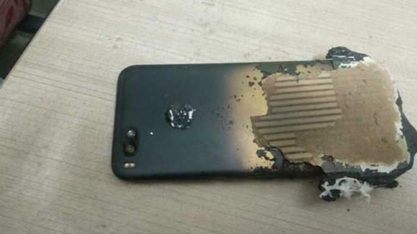 चार्जिंग करते वक्त ब्लास्ट हुआ Xiaomi Mi A1
