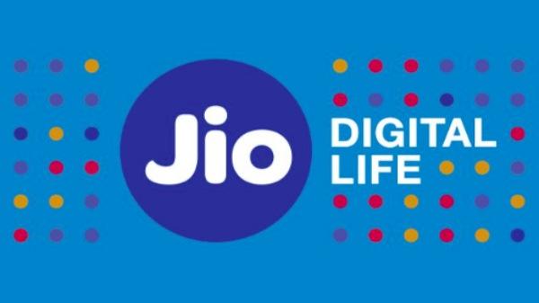 Jio कंपनी अब स्मार्टफोन मार्केट में भी मचाएगी तहलका