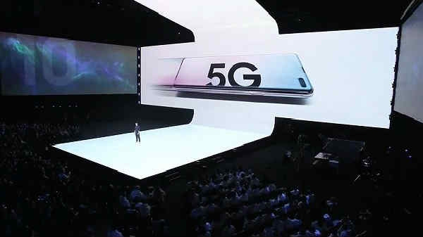 Samsung Galaxy की 10वीं सालगिरह पर लॉन्च हुए कई मोस्ट प्रीमियम स्मार्टफोन्स