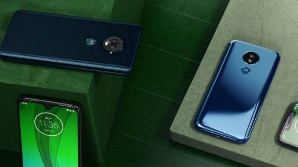 Motorola ने पेश किए 4 नए स्मार्टफोन, जानें कीमत और स्पेसिफिकेशन