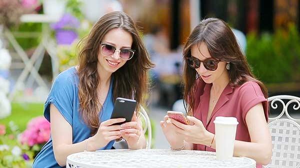 एक बार फिर सामने आई सोशल मीडिया पर महिलाओं की निजी जानकारी लीक होने की ख़बर