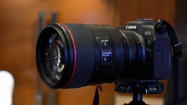Canon ने भारत में लॉन्च किया अब तक का सबसे हल्का फुलफ्रेम डीएसएलआर कैमरा