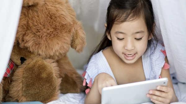 स्मार्टफोन जैसे गैजेट्स का इस्तेमाल बच्चों के लिए बेहद खतरनाक: WHO