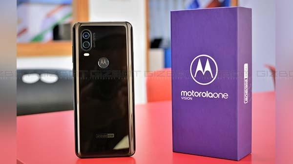 Motorola One Vision हुआ लॉन्च, पहला पंच-होल डिस्प्ले वाला स्मार्टफोन