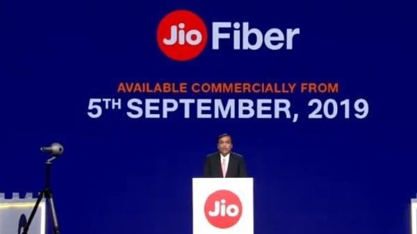 Jio Gigafiber 5 Sep को होगा लॉन्च, जानिए प्लान्स, कीमत के अलावा सारी जानकारी