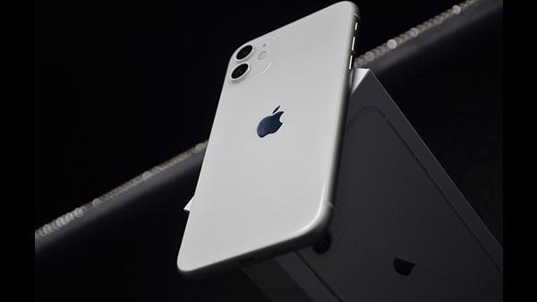 iPhone 12 सीरीज़ के लॉन्च के बाद iPhone 11 हुआ सस्ता