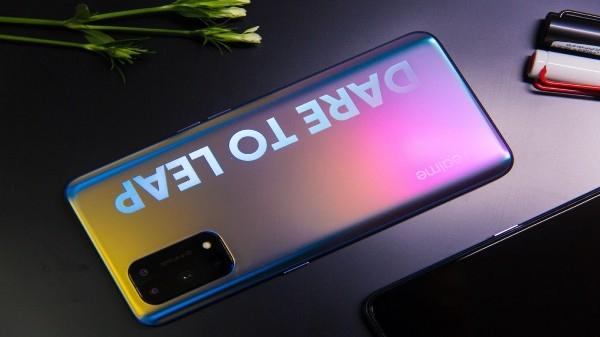 Realme X7 सीरीज़ की कीमत लॉन्च से पहले हुए लीक, इतने रुपए में बिकेगा 5G स्मार्टफोन