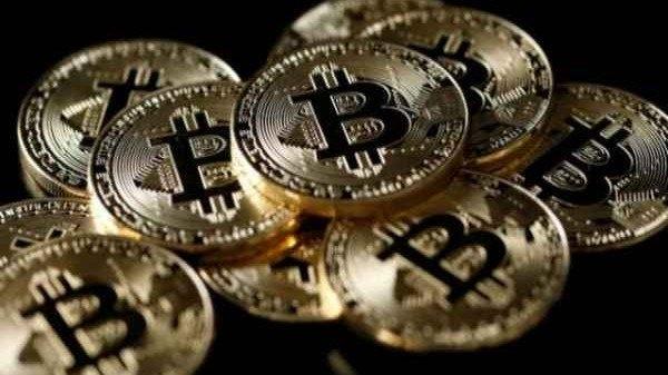 1 Bitcoin आज भारत में कितने रुपए के बराबर है...?