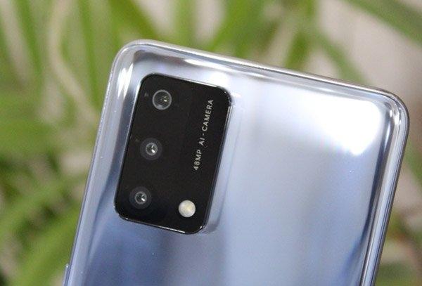 Oppo F19: जानिए 20 हजार रु तक में यह क्यों है सबसे अच्छा स्मार्टफोन