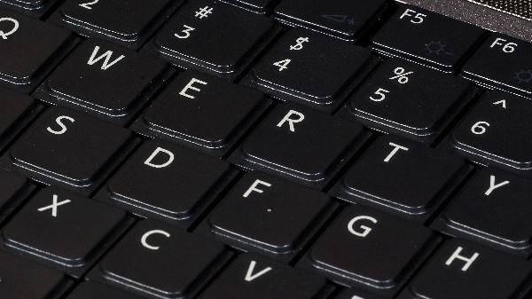 'कीबोर्ड' में डबल टाइप हो रहा है तो ट्राइ करे ये ट्रिक्स
