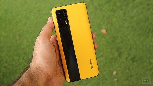भारत में Realme GT 5G की पहली सेल शुरू, मिल रहा है सिर्फ इतने रुपए में