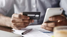 देखिए...! हैकर्स कैसे आपके क्रेडिट / डेबिट कार्ड की डिटेल्स चुरा लेते हैं