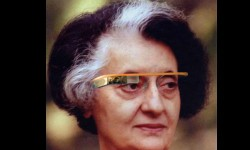 देखिए फोटोशॉप का कमाल इंदिरा गांधी को लगाया गूगल ग्लास