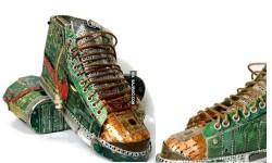 ई-कचरे से बनाए गए हैं ये जूते