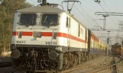 अब स्मार्टफोन से मिलेगी रेलवे की जानकारी