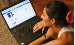 10 तरह के फेसबुक फ्रेंड जो हम सबकी लिस्ट में हैं