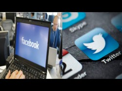 फेसबुक और ट्विटर बढ़ा रहे हैं नस्लवाद विरोध
