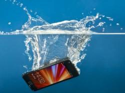 अगर आपका फोन भीग गया है तो अपनाएं ये उपाए ?