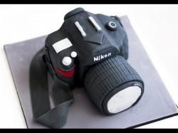 आपने कभी खाए हैं कैमरा, लैपटॉप और पीसी केक