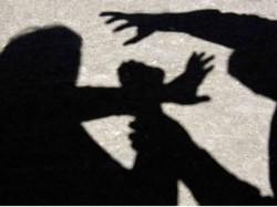 16 साल के लड़के ने मोबाइल हैंडसेट के लिए ले ली जान