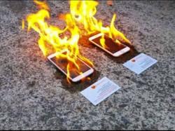 क्या हुआ जब iPhone6 और सैमसंग गैलेक्सी एस5 में लगी आग!