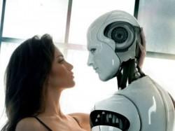 क्या रोबोट के साथ मुमकिन है शारीरिक संबंध!
