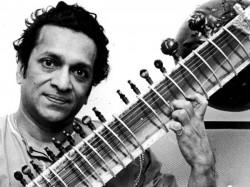 डूडल पर आज हैं पंडित रविशंकर, जानिए 10 भारतीयों को जो बने डूडल का चेहरा!