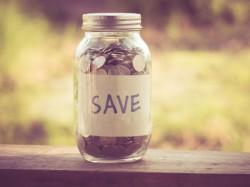 पैसे बचाना चाहते हैं? फेसबुक करेगा मदद!