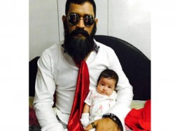 क्या आप जानते हैं कौन हैं ये क्रिकेटर पापा?