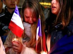 फ्रांस अटैक: फेसबुक ने माँ को बच्चे से मिलाया