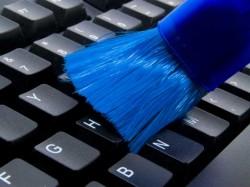 कीबोर्ड को कैसे करें साफ