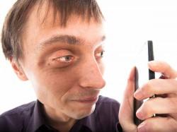 मोबाइल फोन से होती हैं ये समस्याएं, कुछ का है बेहद बुरा असर