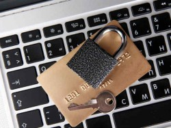 अगर फॉलो नहीं करते ये टिप्स, तो खतरे में पड़ सकती है ऑनलाइन बैंकिंग
