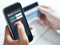 सुरक्षित मोबाइल बैंकिंग के लिए ध्यान रखें 5 जरूरी बातें