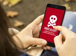 आपकी इन गलतियों से होता है फोन में वायरस अटैक !