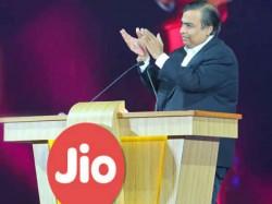 जियो का दिवाली धन धना धन पैक एकदम मुफ्त, 399 के रिचार्ज पर मिलेगा 100% कैशबैक