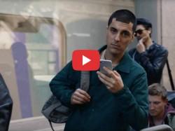 सैमसंग ने नए ऐड में iPhone की जमकर उड़ाई खिल्ली, यहां देखिए