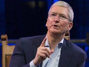 उबर पर भड़के टीम कुक, कहा ऐसा किया तो एप स्टोर से डिलीट होगी एप