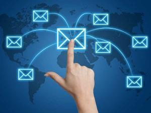 खुश रहना है तो ई-मेल बंद ही रखें!