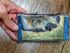 इसीलिए फटती थी मोबाइल की बैटरी, वैज्ञानिकों ने ढूंढा कारण !