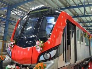 लखनऊ में मेट्रो शुरू, वाईफाई-ग्रीन टॉयलेट से है लैस