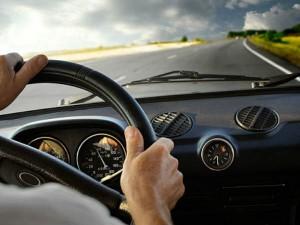 कार में भी चार्ज कर सकते हैं लैपटॉप जानिए कैसे ?