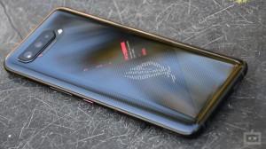 Asus ROG 5 Phone के तीन वेरिएंट हुए लॉन्च, जानिए कीमत और गेमिंग के खास फीचर्स