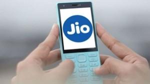 दिवाली से पहले लॉन्च हो सकता है जियो 5जी फोन, कीमत जानकर चौंक जाएँगे